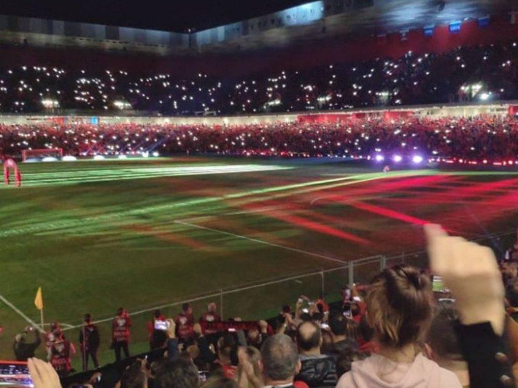 """Spektakël i bukur me drita në """"Arena"""", por Franca na ktheu në..errësirë!"""