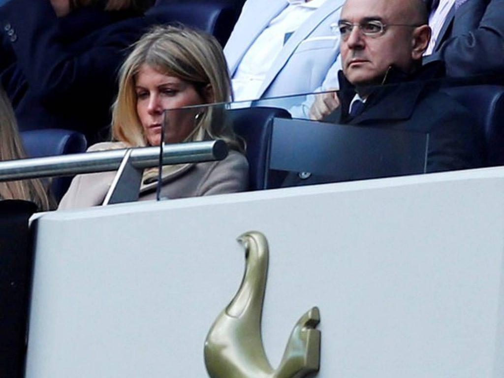 Ministri britanik akuzon president e futbollit, por çfarë thotë ligji?!