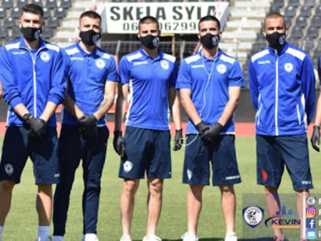 Futbolli mes epidemive: flak maskën e bojkotit, vendos maskën e virusit !