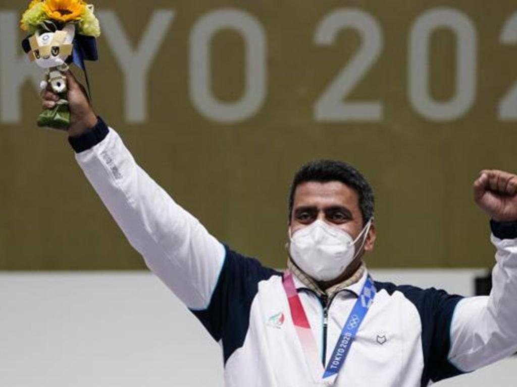 Çfarë hipokrizie kritika ndaj kampionit olimpik iranian, infermier i Gardës Revolucionare!